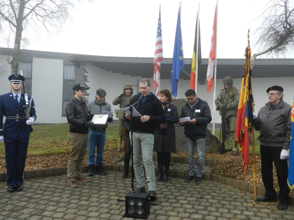 Presentation of the flag and certificate